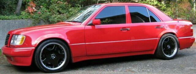Rik Johnsons Mercedes 500E